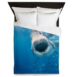 I think I would be too scared to sleep with this Shark Queen Duvet!
