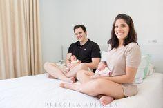 Twins Isabela e Davi - BLOG - Priscila Appella Fotografia Life style Newborn photography  Photo: Priscila Appella