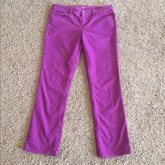 ✨B1G1 FREE✨LOFT Fuchsia Soft Corduroy Pants Beautiful pop of color! LOFT Modern Straight pants that are in great condition other than a spot pictured in the third pic (lower left) where a hanger has indented the corduroy. Very minor-just wanted to be sure to point it out. I don't think it is permanent and would probably stretch out when worn. Inseam 30 inches; waist when flat 17.5 inches. 67% cotton 31% polyester 2% spandex. LOFT Pants Straight Leg