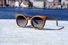 Handgefertigte Sonnenbrille aus Holz Wood Lovers von WoodLovers auf DaWanda.com
