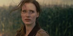 http://minnesotaconnected.com/wp-content/uploads/2014/11/Jessica-Chastain-i-Interstellar.jpeg
