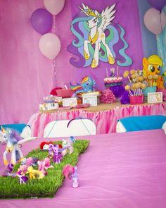Christine B's Birthday / My Little Pony - Photo Gallery at Catch My Party My Little Pony Birthday Party, 1st Birthday Parties, Girl Birthday, Birthday Ideas, Diy Backdrop, Backdrop Decorations, Diy Ideas, Party Ideas, Pinkie Pie