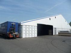 Die Jumbohallen kommen natürlich auch im industriellen und gewerblichen Gebrauch zum Einsatz. Hier als Lagerhalle.