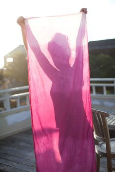 How to Make a Dip-Dyed Ombre Table Runner