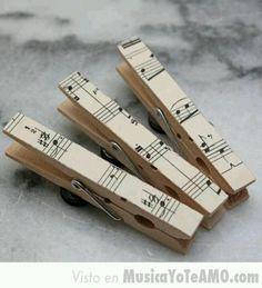 Decorar con partituras | Aprender manualidades es facilisimo.com