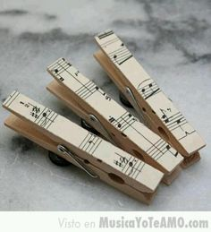 Decorar con partituras   Aprender manualidades es facilisimo.com
