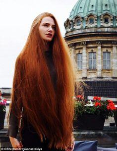Длинноволосая русская красавица