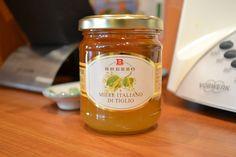 Brezzo - Miele Italiano di Tiglio Il miele di tiglio viene prodotto tra Giugno e Luglio dai fiori delle piante selvatiche di tiglio. La peculiarità che ren