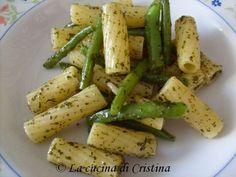 paste corte fagiolini già lessati menta olio di oliva sale cuocete la pasta in acqua salata, scolatela e versatela in una ciotola aggiun...
