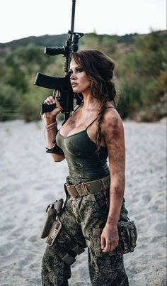 ::: sexy girls hot babes with guns beautiful women weapons Mädchen In Uniform, Female Soldier, Army Soldier, Military Girl, Military Women, N Girls, Army Girls, Badass Women, Beautiful Women