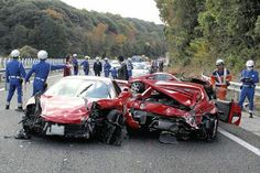 A He World S Most Expensive Car Crash With 10 Wrecked Cars Worth Around 4 Million Lamborghini