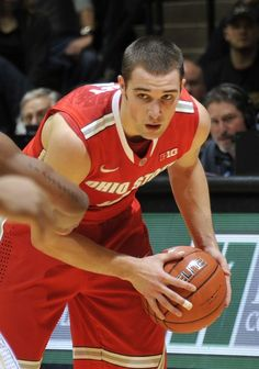 I love Aaron Craft!!
