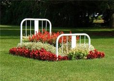 how to reuse and recycle metal bed frames for flower beds and garden design-yes.....!