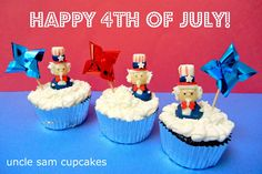 fourth of july uncle sam cupcakes. made with marshmallows, hershey kisses, and tootsie rolls