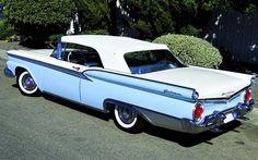 1959 Ford Fairlane 500 Galaxie Sunliner American Classic Cars, Ford Classic Cars, Retro Cars, Vintage Cars, Ford Convertible, Old Fords, Ford Fairlane, Classic Motors, Us Cars
