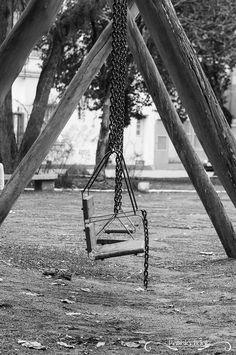 Projeto 365 Inspirações - FOTO 67  #365inspiracoes #peb #pretoebranco #blackandwhite #balanço  www.patricia.fot.br