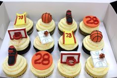 Basketball cupcakes that Brent wants. Kid Cupcakes, Themed Cupcakes, Birthday Cupcakes, Basketball Party, Basketball Birthday, Basketball Quotes, Nachos, Amor Ideas, Cakes For Boys