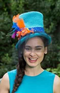 Wonderland Top Hat Free Crochet Pattern from Red Heart Yarns (UK terms)