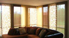 tende a pannelli con colori coordinati per soggiorno