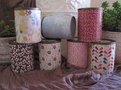 Caixas recicladas forradas em papel
