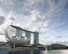 Artscience Museum In Singapore,© SafdieArchitects