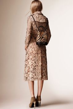 Burberry Prorsum Resort 2016 Fashion Show - Ella Richards #lace #surfacedesign