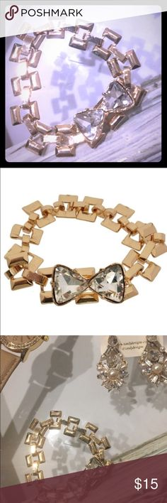 Chunky Chain Bow Bracelet Adorable bow with bold chunky chain design, clasp is hidden as part of the band! Open to reasonable offers. Bundle for private discount and lower shipping. Jewelry Bracelets
