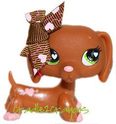 Littlest Pet Shop ♥ LPS ♥ Chocolate Brown Dachshund Dog Pink Hearts 556 | eBay