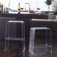 Combining form and function, our Acrylic Bar Stool clearly suits any style in any setting. This minimalist design will deliver a sleek, very modern look to a counter or wine bar fully stocked with Acrylic Counter Stools, Kitchen Counter Stools, Kitchen Backslash, Kitchen Cabinets, Acrylic Furniture, Mirrored Furniture, Functional Kitchen, Modern Kitchen Design, Modern Kitchens