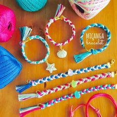 Quick & Easy Bracelet using Embroidery Thread. Each of the 3 sections uses 9 strands a piece. Diy And Crafts, Crafts For Kids, Arts And Crafts, Diy Jewelry, Handmade Jewelry, Bracelet Crafts, Diy Christmas Tree, Mothers Day Crafts, Button Crafts
