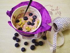 Frozen Yoghurt with blueberries:) Frozen Yoghurt, Blueberries, Chutney, Cereal, Pudding, Magazine, Breakfast, Happy, Desserts