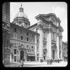 Via del Corso (1900) Best Cities In Europe, Roman History, Famous Places, Yesterday And Today, Old City, Lyon, Old Photos, 19th Century, Rome