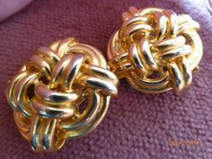 Gold Tone Vintage Double Knott Clip on Earrings by PhiasJewels