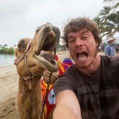Australian Adventurer Allan Dixon Takes Brilliant Selfies with All Kinds of Animals