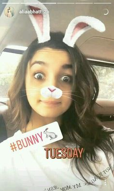 Bollywood Couples, Bollywood Stars, Aalia Bhatt, Love Husband Quotes, Very Beautiful Woman, Love U Forever, Queen Of Hearts, Second Hand, Haiku