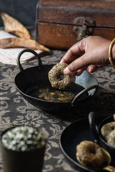 Sweet Medhu Vadai, learn how to make this healthy and delicious sweet Urad Dal vada using black lentils and pure cane jaggery syrup.