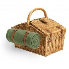 Picnic Time Somerset Willow Basket for Two