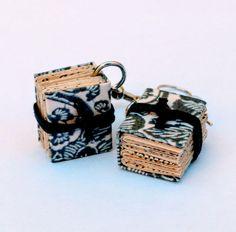 Biblio orecchini, da riciclo creativo - Biblio earrings, by creative reuse di ManiPrecise su Etsy