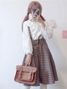 casual korean fashion which look stunning Japan Kawaii, Mode Kawaii, Grunge Style, Soft Grunge, Winter Fashion Casual, Autumn Winter Fashion, Winter Outfits, Tokyo Street Fashion, Harajuku