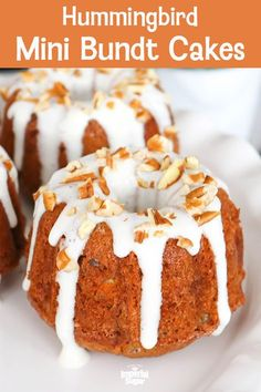 This southern classic has been turned into divine individual dessert with a mini bundt pan. Stuffed with bananas, pecans, and pineapple these Hummingbird Mini Bundt Cakes make for a wonderful Easter dessert, a church potluck or Mother's Day brunch. Mini Desserts, Individual Desserts, Easter Desserts, Easter Recipes, Plated Desserts, Food Cakes, Bundt Cakes, Cupcake Cakes, Cupcakes
