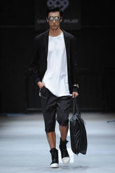 Male Fashion Trends: LIUYONG Spring-Summer 2017 - Mercedes-Benz Fashion Week China