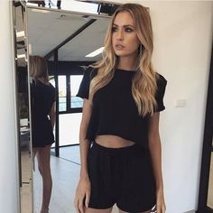 Women's Clothing Considerate Fashion Women Summer Lace Tops And Blouses Mesh Vest Top Hollow Out Dames Female Blouse Ladies Tee Blusas Femininas Elegante Excellent Quality