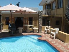 Cyril Rose Guesthouse, self-catering accommodation units in Caledon, Overberg. Pool, papa and braai. Wi Fi, Catering, Chill, Sleep, The Unit, Tea, Coffee, Rose, Outdoor Decor
