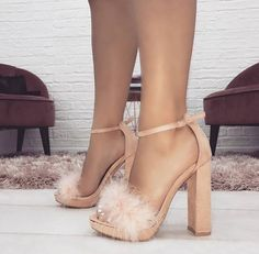 high heels – High Heels Daily Heels, stilettos and women's Shoes Fancy Shoes, Pretty Shoes, Me Too Shoes, Formal Shoes, Cute Heels, Lace Up Heels, Heeled Boots, Shoe Boots, Heeled Sandals