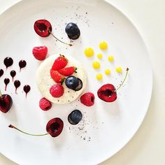 Classical Panna Cotta.  #instafood #TheArtOfPlating #foodporn #foodstagram #vegan #vegetarian #kitchen #gastronomy #chef #chefstalk #chefsroll #foodart #foodphotography #gastroart #expertfoods #ChefOfInstagram #paris #foodshoot #foodpic #michelinstar #food #foodie #foodphoto #finedining #foodandwine #chefscut #pastry #cuisine #dessert #yum by eldarkabiri