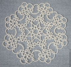 This Pin was discovered by Car Doilies Crafts, Crochet Doilies, Crochet Flowers, Shuttle Tatting Patterns, Needle Tatting Patterns, Tatting Jewelry, Tatting Lace, Needle Tatting Tutorial, Yarn Inspiration