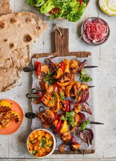 Jamie's Gnarly Chicken Tikka Kebabs, Food And Drinks, How to make Jamie Oliver& Gnarly Chicken Tikka Kebabs. This and more healthier, easier dinner recipes on our website. Jamie's Recipes, Kebab Recipes, Indian Food Recipes, Chicken Recipes, Cooking Recipes, Healthy Recipes, Turkish Recipes, Easy Healthy Dinners, Easy Dinner Recipes