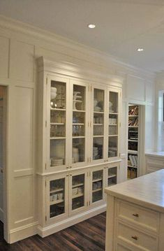 Built-in hutch with glass. I like the wainscoting on the walls making the entire space look like a built in hutch Stand Alone Kitchen Pantry, Kitchen Pantry Design, Diy Kitchen Storage, Kitchen Redo, New Kitchen, Kitchen Ideas, Kitchen Organization, Dish Storage, Kitchen Hutch