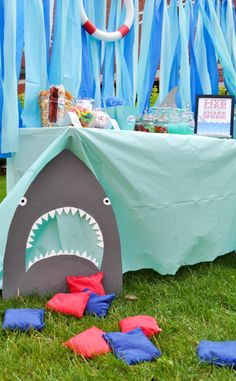 Live Every Week Like It's Shark Week - Throw a fun Shark Party with lots of ocean themed party details. It's the perfect summer birthday party theme o Summer Birthday, 4th Birthday Parties, 3rd Birthday, Themed Parties, Shark Birthday Ideas, Kids Luau Parties, Pirate Birthday, Mermaid Birthday, Craft Party