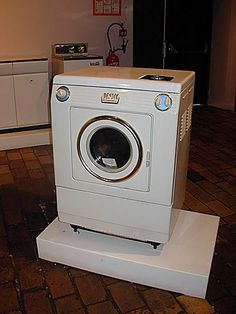 Le quotidien des ann es 60 70 on pinterest peugeot - Le bon coin machine a laver le linge ...